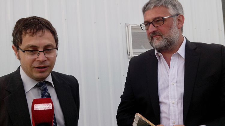 El ministro Villegas estuvo en la inauguración de La Anónima