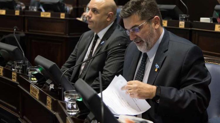 Jorge Silvestre pide a la oposición